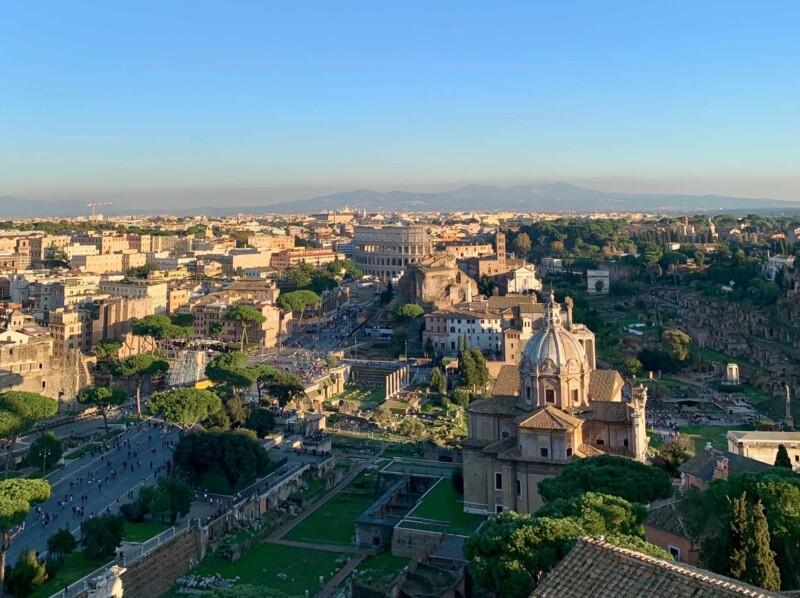 Best scenic neighborhoods in Rome
